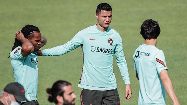 camisetas futbol Portugal 2022
